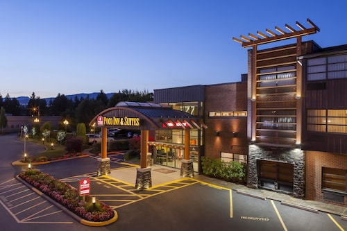 . Poco Inn and Suites Hotel & Conference Centre