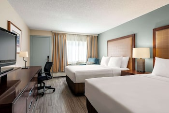 Room, 2 Queen Beds, Accessible, Non Smoking (Mobility)