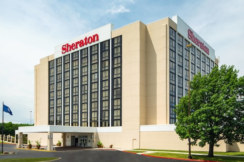 . Sheraton West Des Moines Hotel