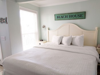 Guestroom at The Winds Resort Beach Club in Ocean Isle Beach
