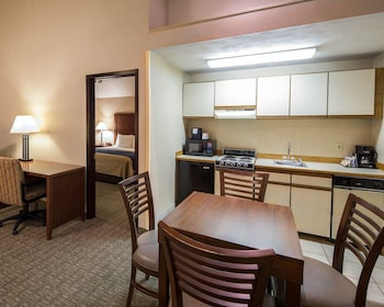 Comfort Inn Downtown - Ship Creek - Guestroom  - #0