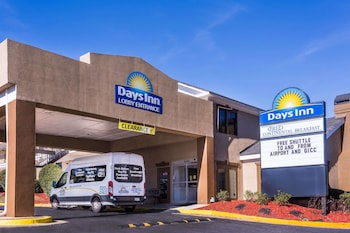 Hotel - Days Inn by Wyndham College Park Airport Best Road