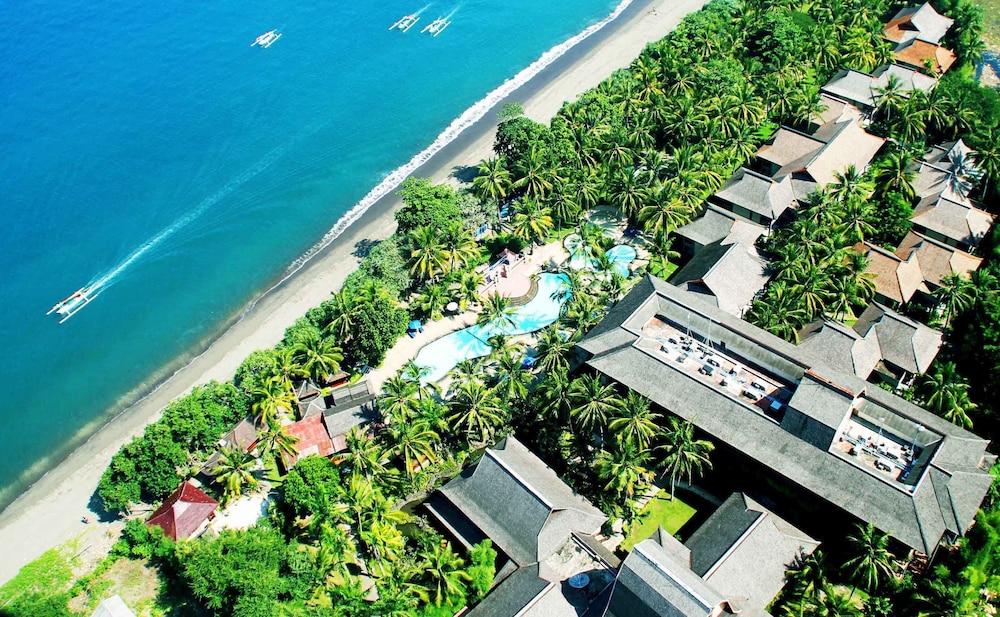 扎亞卡特龍目島海灘飯店