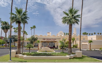 鳳凰城皇冠假日 - 錢德勒高爾夫球渡假村 Crowne Plaza Phoenix - Chandler Golf Resort, an IHG Hotel