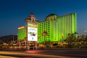 Book Tropicana Express Hotel & Casino in Laughlin.