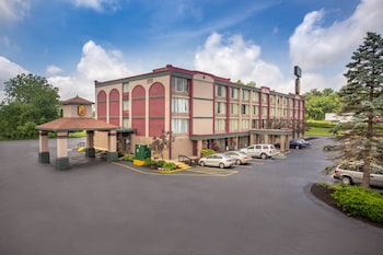 Courtyard by Marriott Erie Bayfront in Erie, PA | BookIt com