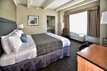 Deluxe Room, 1 King Bed Main Building - Newly Renovated