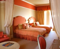 Deluxe Double Room, 2 Queen Beds