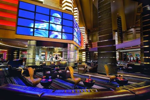 Planet Hollywood Resort & Casino image 2