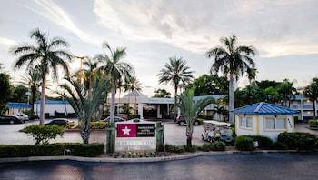 Hotel - Magnuson Hotel Marina Cove