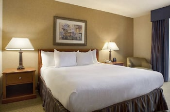 Guestroom at DoubleTree by Hilton Hotel Washington DC - Silver Spring in Silver Spring