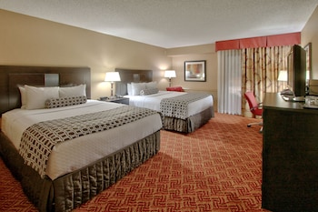 Executive Room, 2 Queen Beds, Business Lounge Access