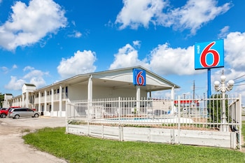 Hotel - Motel 6 Giddings, TX