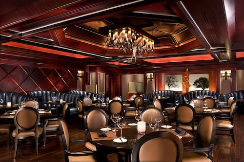 Luxor Hotel and Casino image 42