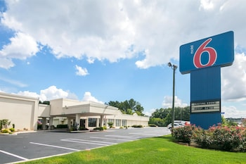Hotel - Motel 6 Conyers, GA