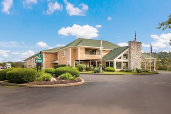 Hotel - Quality Inn Bloomsburg