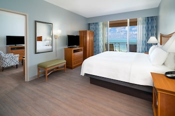 Suite, 1 King Bed, Non Smoking, Oceanfront