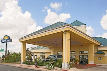 Hotel - Days Inn by Wyndham Central San Antonio NW Medical Center
