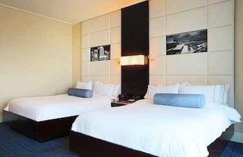 Deluxe Room, 2 Queen Beds (Legendary)