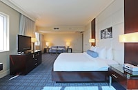 Miami Suite- King Bed Bay View