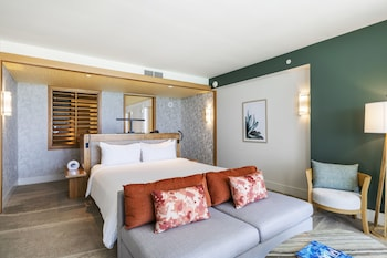Junior Suite, 1 King Bed, Ocean View