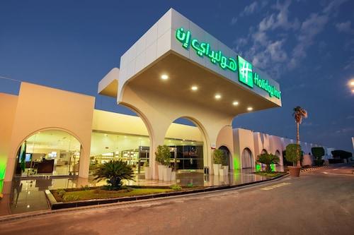 . Holiday Inn Yanbu