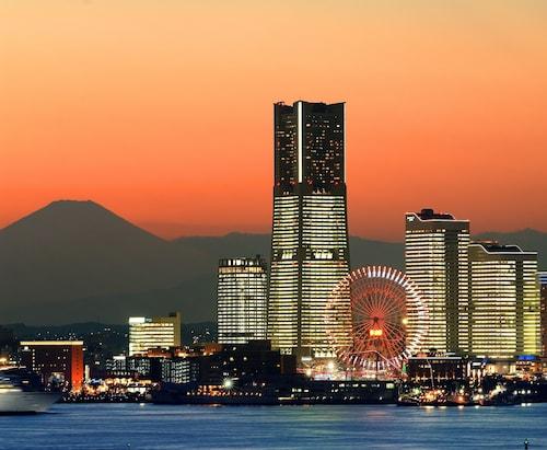 . Yokohama Royal Park Hotel