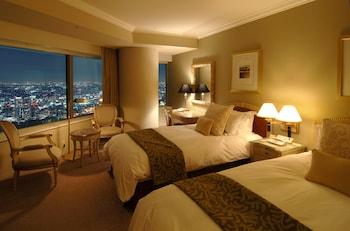 レギュラーフロア コーナーツインルーム 街側 禁煙|47㎡|横浜ロイヤルパークホテル