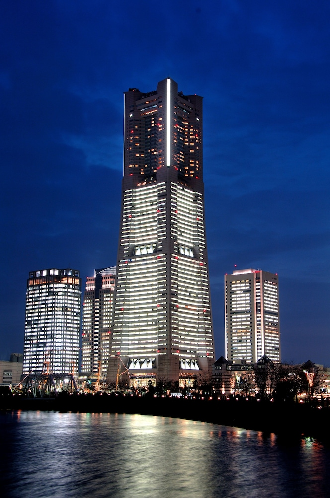Yokohama Royal Park Hotel