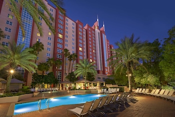 Hilton Grand Vacations at The Flamingo Image