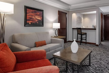 Suite, 1 King Bed (Parlor)