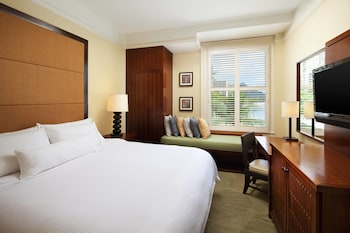 Room, 1 King Bed, Ocean View (Historic Banyan)