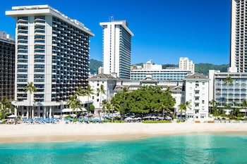 Hotel - Moana Surfrider, A Westin Resort & Spa, Waikiki Beach