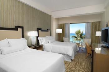 Diamond Ocean Front, Guest room, 2 Double, Oceanfront