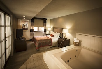 Hotel - Ramada by Wyndham Marquette