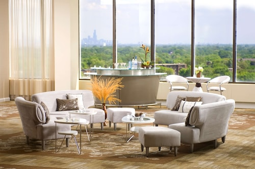 . DoubleTree by Hilton Chicago - North Shore Conference Center