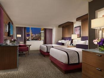 Guestroom at Mirage Resort & Casino in Las Vegas