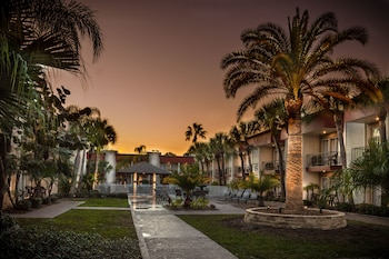 Hotel - La Quinta Inn by Wyndham Clearwater Central