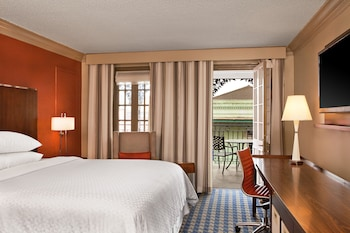 Room, 1 King Bed, Balcony (Bourbon Street View)