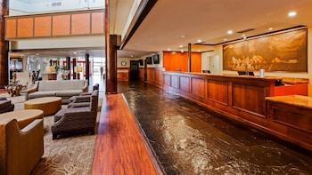 雷諾機場廣場修爾住宿普拉斯飯店 SureStay Plus Reno Airport Plaza Hotel