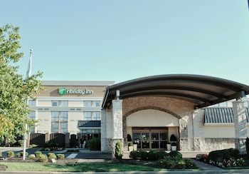 Holiday Inn Cincinnati-Riverfront photo