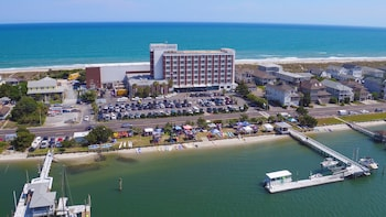 Hotel - Blockade Runner Beach Resort