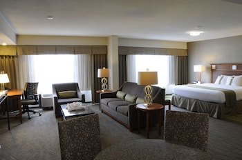 Guestroom at Holiday Inn Columbia East-Jessup in Jessup