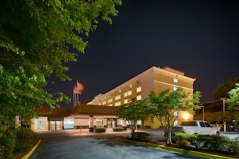 Hotel - Red Lion Hotel Atlanta Airport