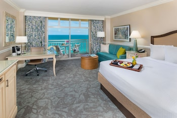 Room, 1 King Bed, Balcony, Oceanfront