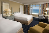Room, 2 Queen Beds, Oceanfront (Non Balcony)