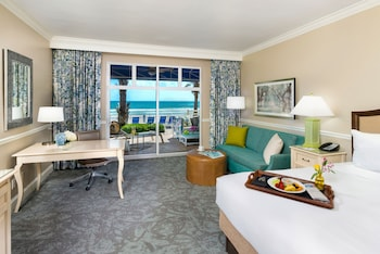 Room, 1 King Bed, Oceanfront (Cabana)
