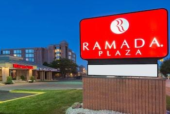 Hotel - Ramada Plaza by Wyndham Niagara Falls