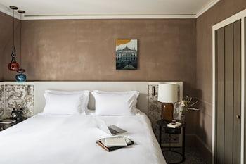 Luxury Room, 1 Queen Bed, View (New Design)