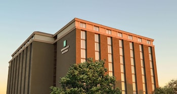 奧斯丁中央大使套房飯店 Embassy Suites Austin Central